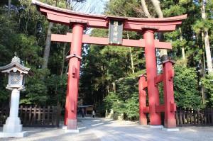 3弥彦神社